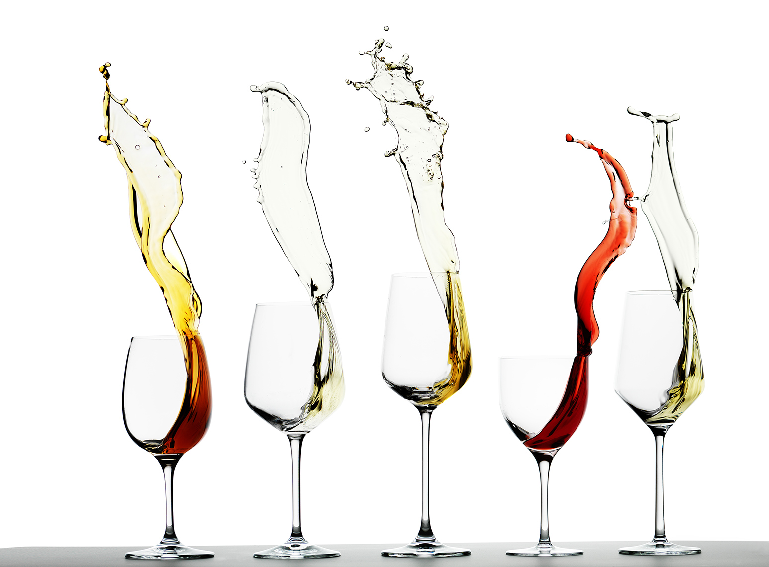 Wine Glasses Splashing